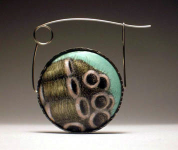 Jessica Calderwood - Brooch. Enamel, copper, sterling silver, stainless steel.