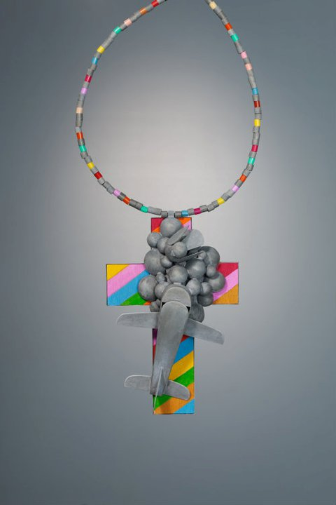 Lucy Sarneel - 'Deadlock'. Necklace. Zinc, wood, paint, plastic, steel thread, UV protection varnish.