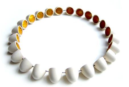 Peter Hoogeboom - Necklace. Photo from http://blog.panieprzodem.pl