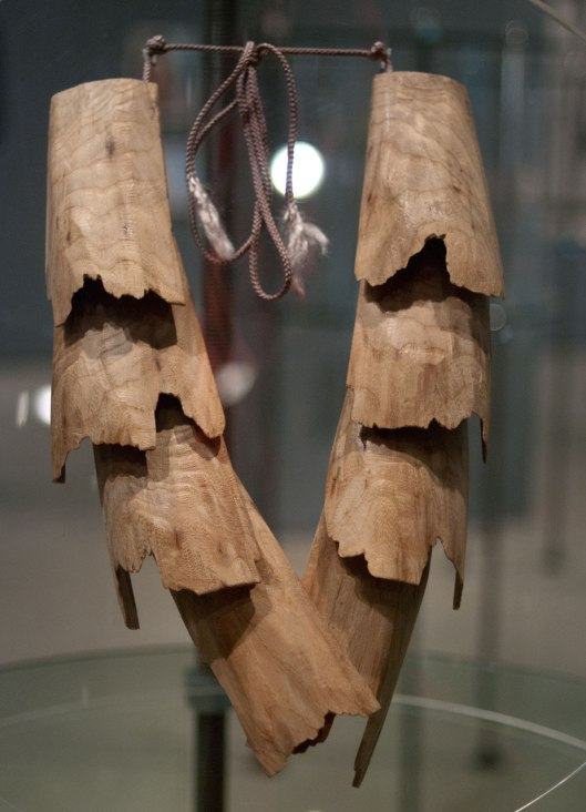 "Dorothea Prühl - ""Habicht"" (Hawk) (2006). Necklace: Elm wood. Photo by Eleni Roumpou"