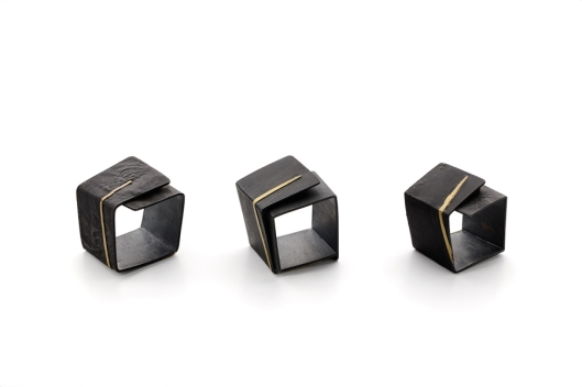 Yoko Shimizu - 'Arno by Night' Series. Rings: Oxidized silver, gold. Photo by www.yokoshimizu.it