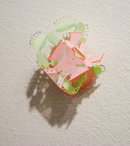Wen-Miao Yeh - Brooch (2013). Plastic, copper, paint. Photo by Eleni Roumpou