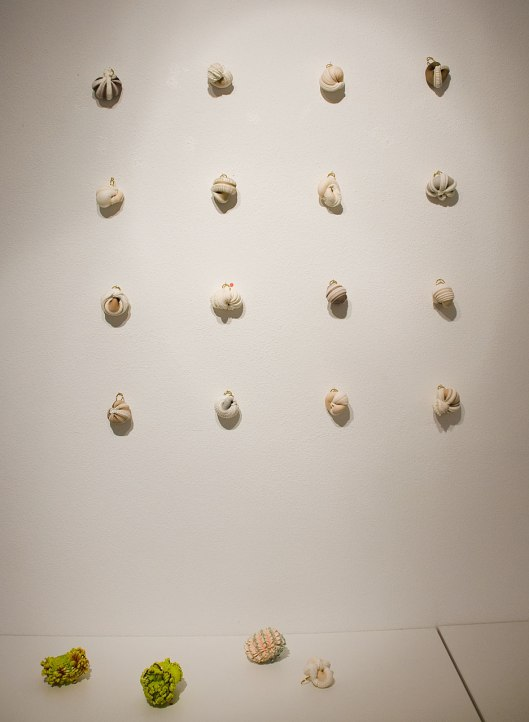 Ying-Hsiu Chen - Rings (2013). Light clay, stockings, 18ct gold plated brass. Photo by Eleni Roumpou