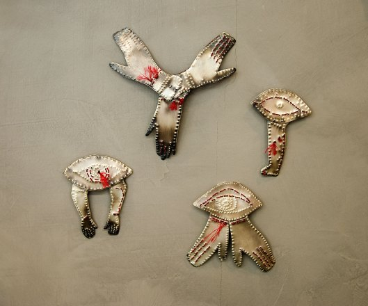 Maro Vasiliadou - Brooches (2014). Photo by Contemporarty.com